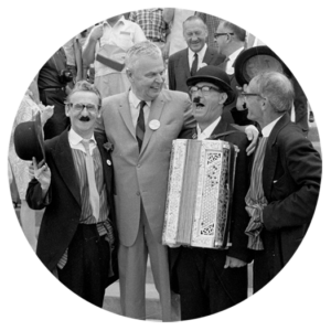 John Diefenbaker, chef de l'Opposition officiel à Ottawa