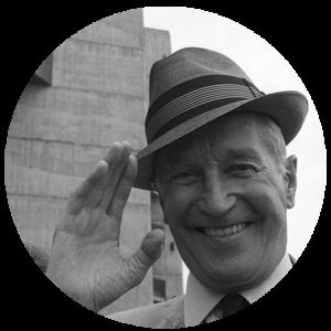 Maurice Chevalier, chanteur et acteur français